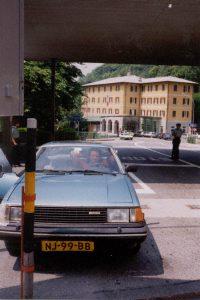 Aangehouden bij de Italiaanse grens, Berninapas, Zwitserland, Juni 1994